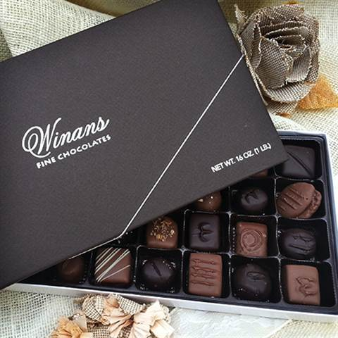 1/2# Gift Box Milk & Dark Assorted Chocolates