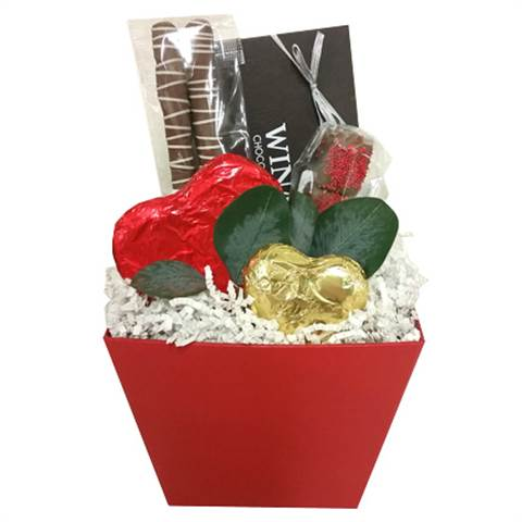 Valentine Red Box (medium), filled